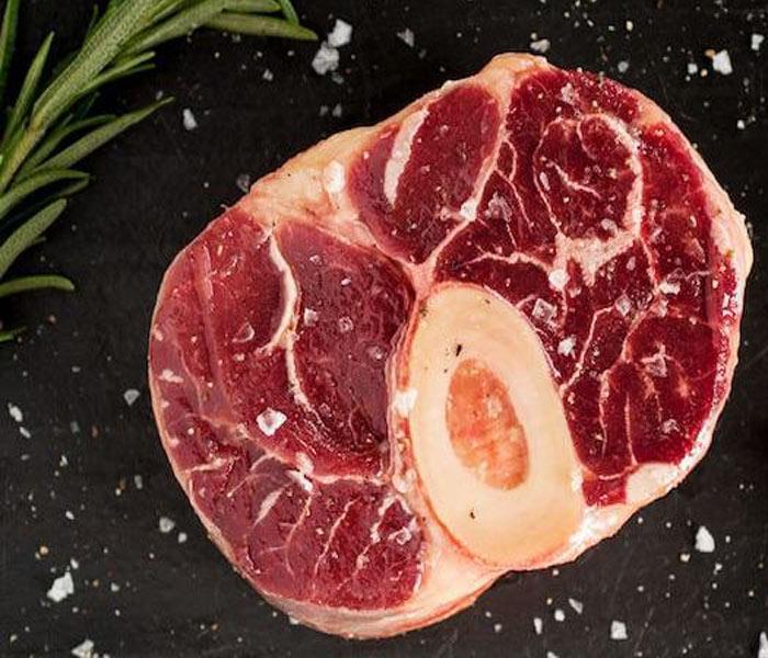 Chuẩn bị bắp bò tươi ngon làm giò bò xào