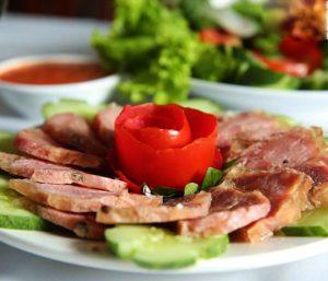 Giò đà điểu - Hương vị mới lạ cho bữa ăn hấp dẫn